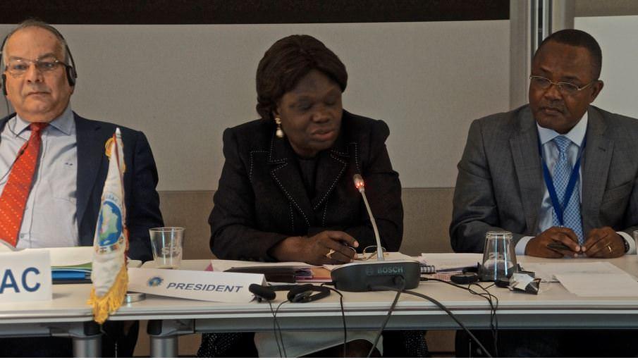 Le SG CEEAC.  L'Ambassadeur du Gabon près le Benelux et l'Union Européenne (au centre) et le chef de service Eaux