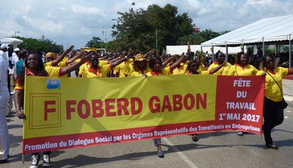4 heures de défilé à Libreville pour le 1er mai